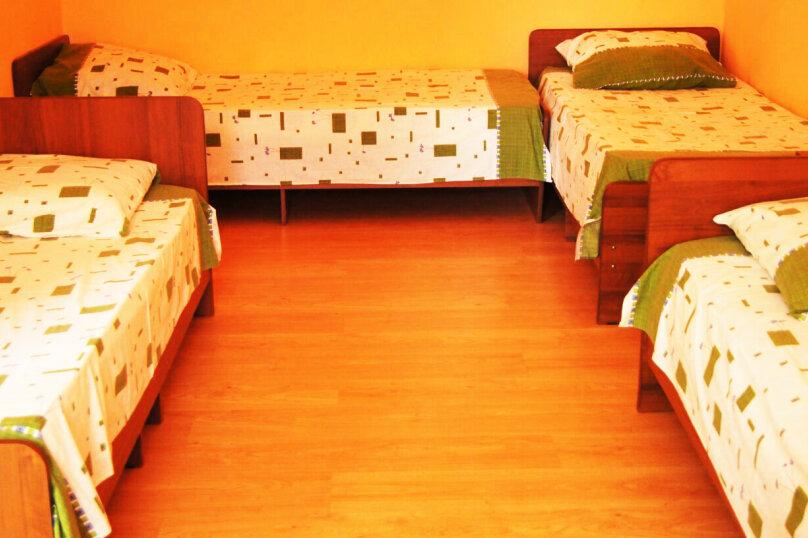 комнаты с вентилятором в новом доме на первом этаже, сухумское шоссе, 174, Новый Афон - Фотография 5