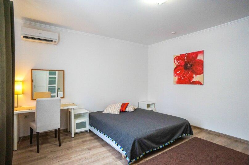 Гостевой дом Лорис, улица Калинина, 22 на 8 комнат - Фотография 38
