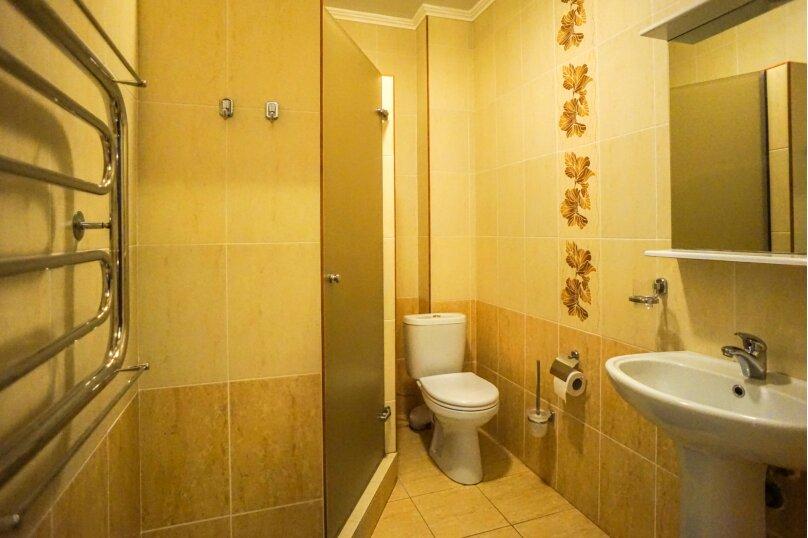 Гостевой дом Лорис, улица Калинина, 22 на 8 комнат - Фотография 40