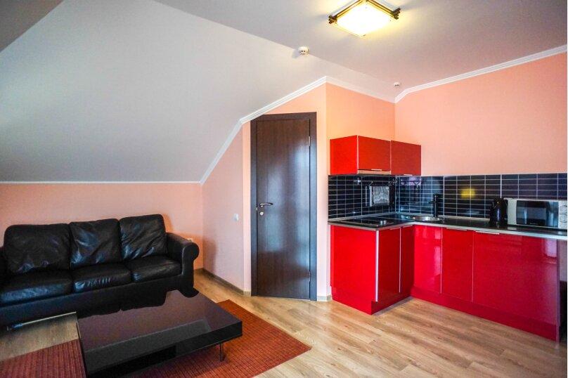 Гостевой дом Лорис, улица Калинина, 22 на 8 комнат - Фотография 48