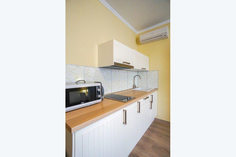 Гостевой дом Лорис, улица Калинина, 22 на 8 комнат - Фотография 61