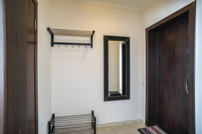 Гостевой дом Лорис, улица Калинина, 22 на 8 комнат - Фотография 20