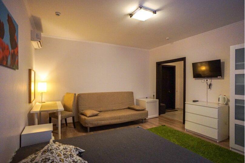 Гостевой дом Лорис, улица Калинина, 22 на 8 комнат - Фотография 24