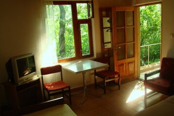 Благоустроенные домики в частном секторе, курорт пгт. Кацивели, улица Виткевича, 6 на 8 номеров - Фотография 4