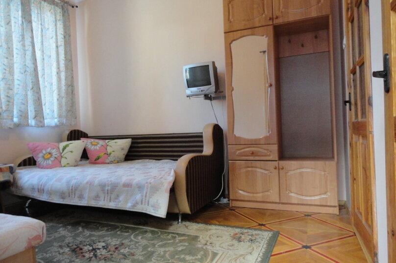 №7 расположен на 1-м этаже с  индивидуальным двориком., улица Васильченко, 7, Симеиз - Фотография 1