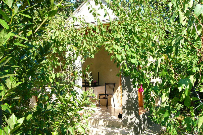 Благоустроенные домики в частном секторе, курорт пгт. Кацивели, улица Виткевича, 6 на 8 номеров - Фотография 26