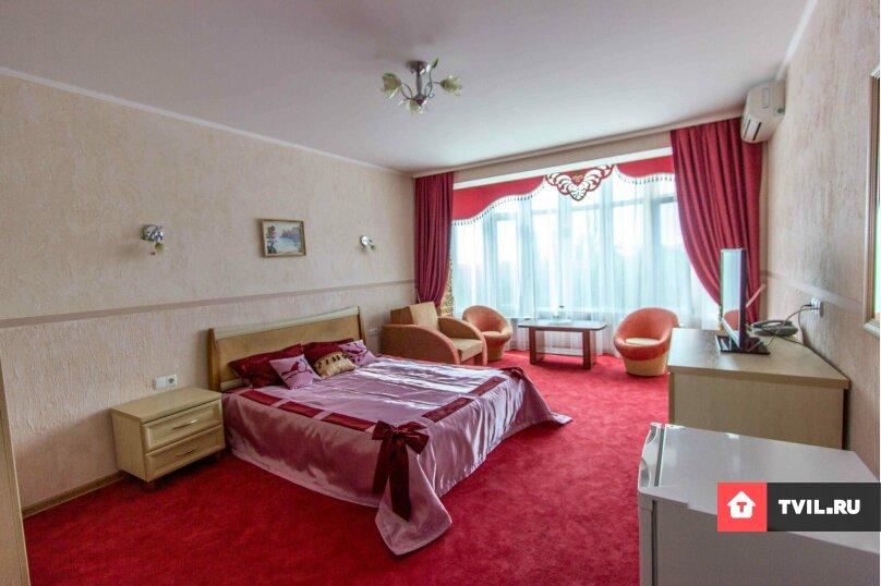1 комнатный 2х местный полулюкс с видом на море, Консульская улица, 2, Судак - Фотография 1