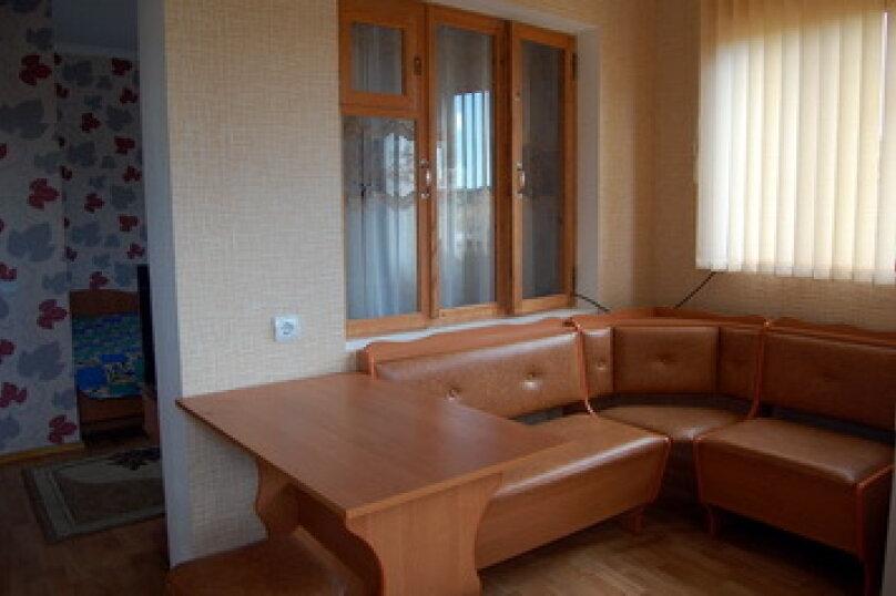 """Гостевой дом """"Таман"""", Партизанская улица, 6 на 12 комнат - Фотография 28"""