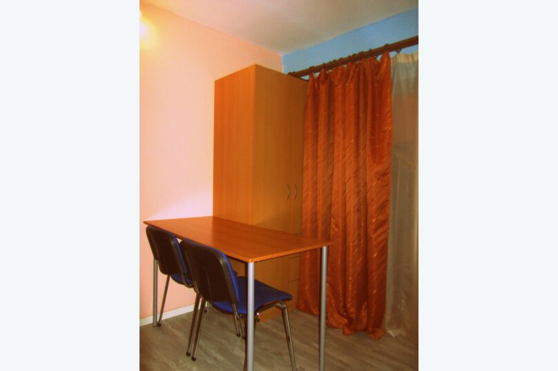"""Гостевой дом """"На Жуковского 6"""", улица Жуковского, 6 на 3 комнаты - Фотография 11"""