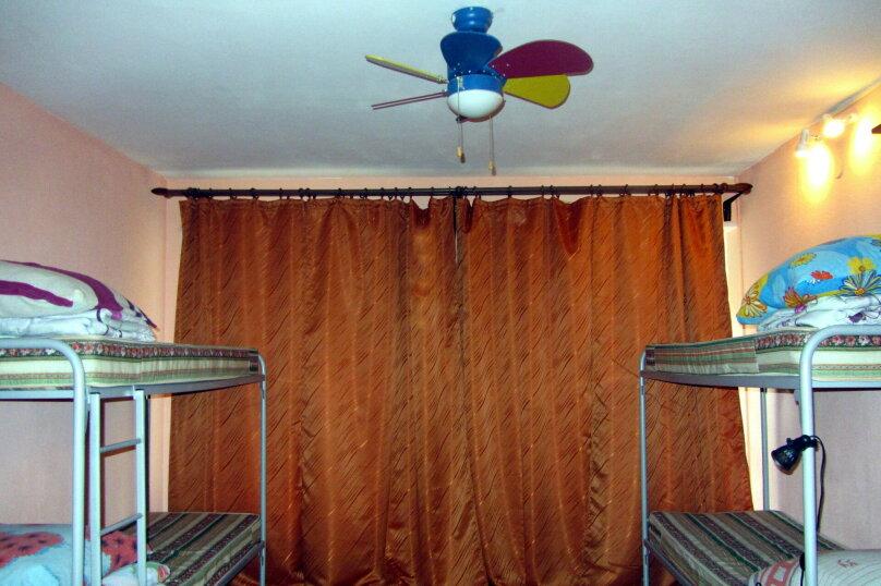 """Гостевой дом """"На Жуковского 6"""", улица Жуковского, 6 на 3 комнаты - Фотография 15"""