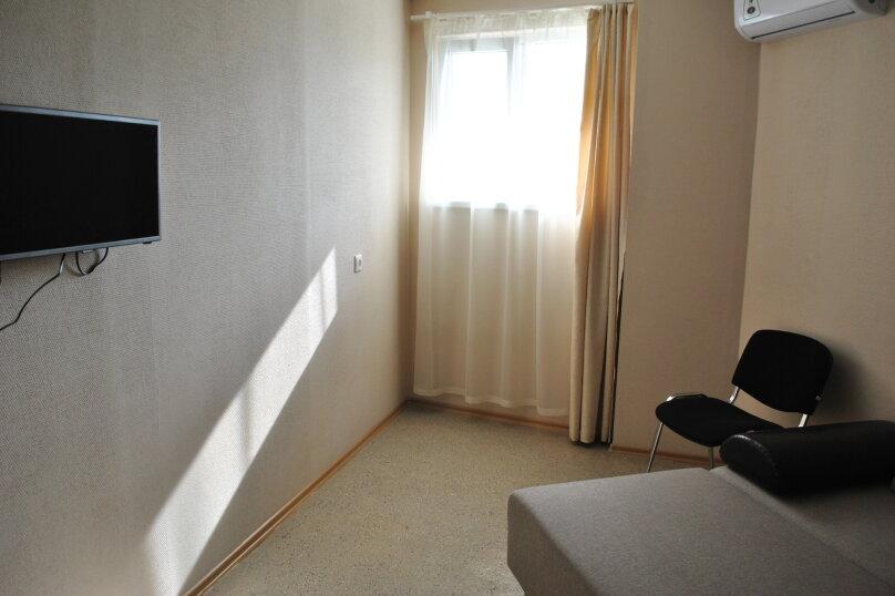 2-комн. квартира, 51 кв.м. на 6 человек, Известинский переулок, 16, Адлер - Фотография 2
