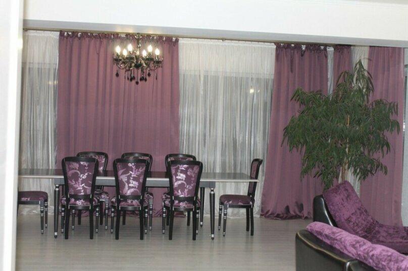 Двухэтажный коттедж, 250 кв.м. на 12 человек, 5 спален, Кусимово, 1, Магнитогорск - Фотография 9