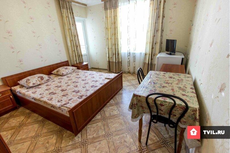 Двухместный номер с одной двухспальной кроватью, Денъизджилер (Мореплавателей), 7, район Ачиклар, Судак - Фотография 1