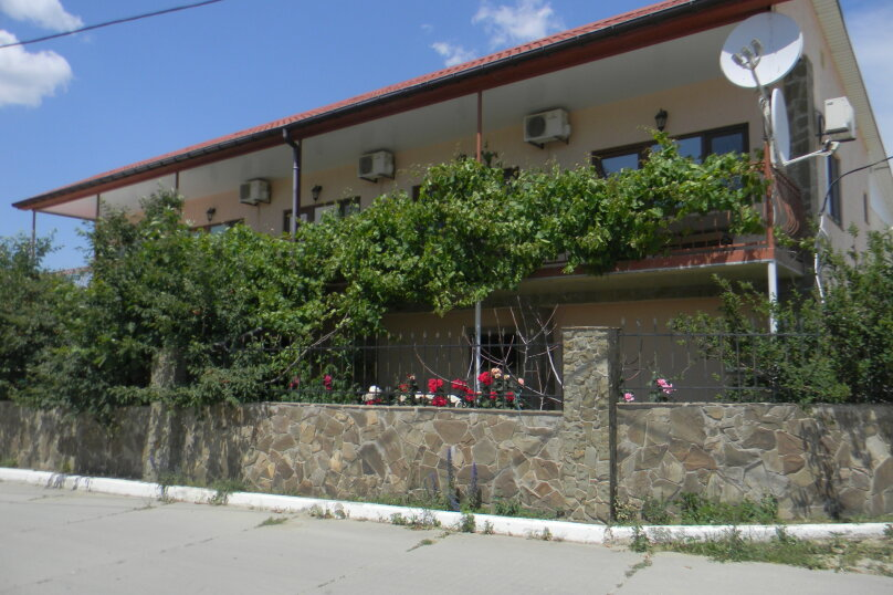 """Гостевой дом """"На Ленина 142"""", улица Ленина, 142 на 7 комнат - Фотография 3"""