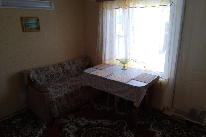 """Гостевой дом """"На Титова 6"""", улица Титова, 6 на 4 комнаты - Фотография 21"""