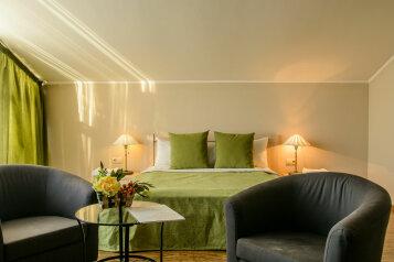 Гостевой дом, 200 кв.м. на 9 человек, 4 спальни, Трамплинная улица, Калуга - Фотография 3