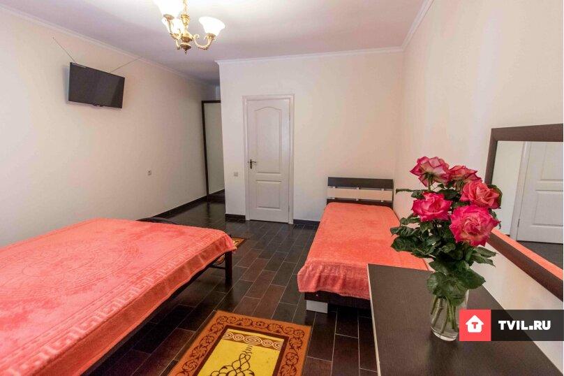 1 комнатный 2х-3х местный, Южнобережная улица, 95, Судак - Фотография 1