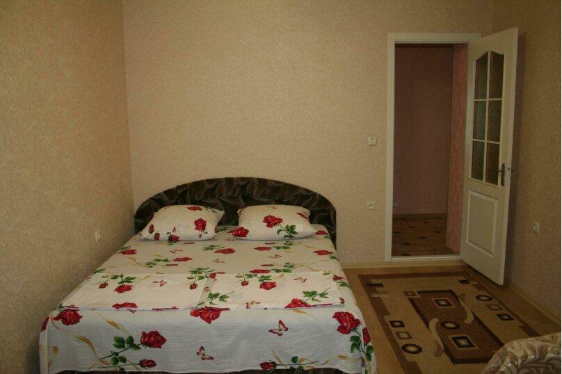 Дом на 10 человек, 3 спальни, улица 14 Апреля, 25, Судак - Фотография 2