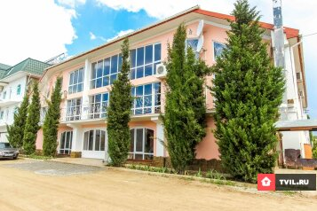Гостиница, улица Академика Сахарова на 26 номеров - Фотография 1