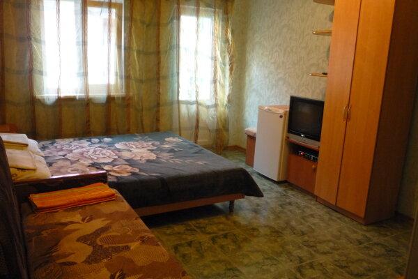 Мини - отель , Парниковая, 2 на 7 номеров - Фотография 1