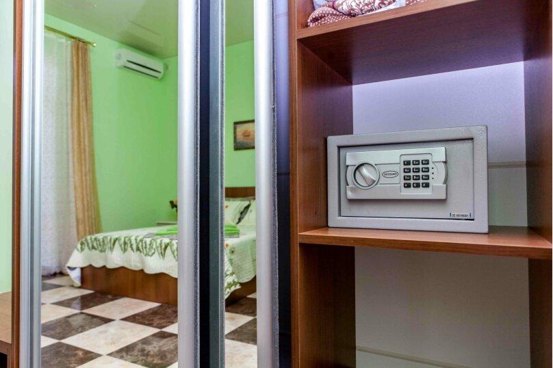 Гостевой дом Georich (Георич), Сурожская улица, 23 на 8 комнат - Фотография 2