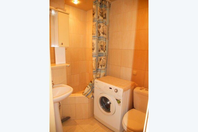2-комн. квартира, 45 кв.м. на 4 человека, Нахимова, 19, Феодосия - Фотография 3