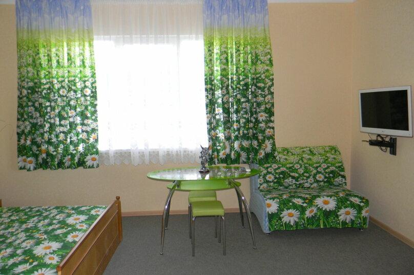 """Гостевой дом """"На Ленина 142"""", улица Ленина, 142 на 7 комнат - Фотография 27"""