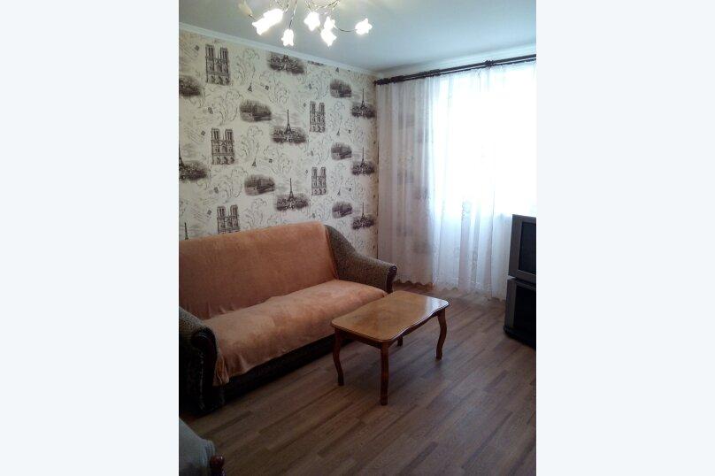 1-комн. квартира, 35 кв.м. на 3 человека, улица Кирова, 33, Керчь - Фотография 2