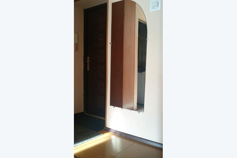 1-комн. квартира, 42 кв.м. на 2 человека, улица Профинтерна, 50, Барнаул - Фотография 9