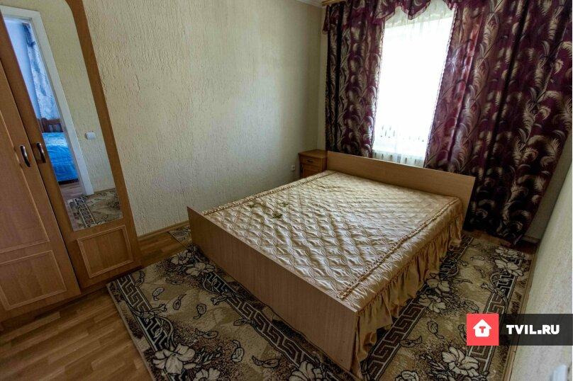 """Гостевой дом """"ЛОРА"""", Шелковый путь, 35 на 12 комнат - Фотография 40"""