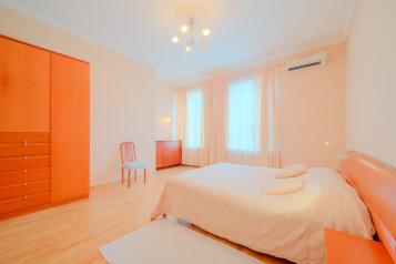 2-комн. квартира, 90 кв.м. на 4 человека, набережная реки Мойки, Санкт-Петербург - Фотография 2