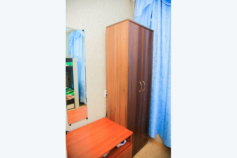3-комн. квартира на 8 человек, улица Аксенова, 12, Обнинск - Фотография 4