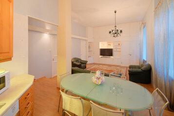 3-комн. квартира, 100 кв.м. на 6 человек, Малая Конюшенная улица, 10, Санкт-Петербург - Фотография 1