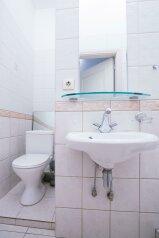 4-комн. квартира, 100 кв.м. на 7 человек, Малая Морская улица, Санкт-Петербург - Фотография 4