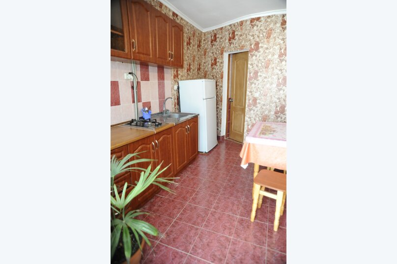 Отдельная комната, матвеева, 5, Евпатория - Фотография 1