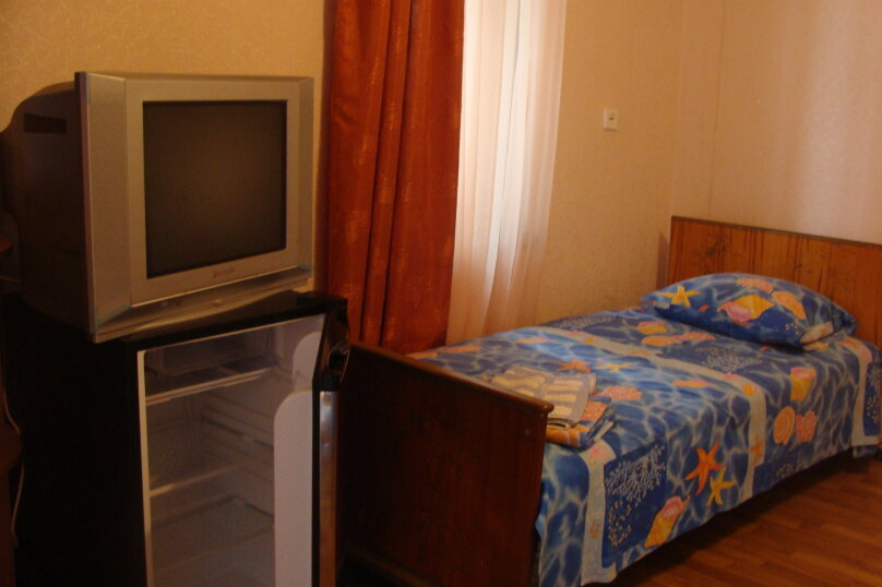 3-х местный номер на 2-м этаже, улица Глазкрицкого, 5А, Алушта - Фотография 1