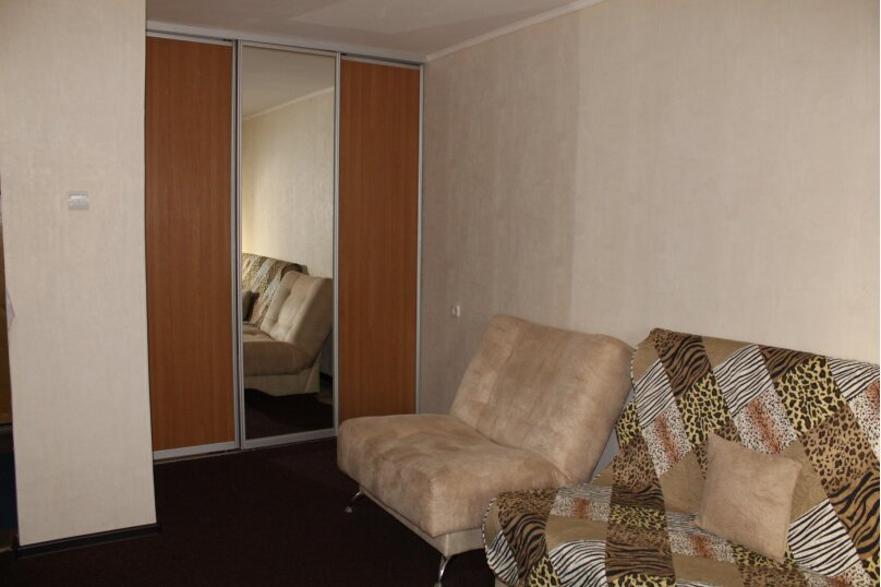 1-комн. квартира, 43 кв.м. на 2 человека, улица Шиллера, 22, Тюмень - Фотография 5