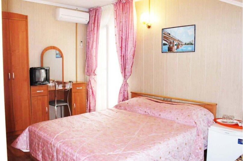 (33)Номер с удобствами и балконом для 3х гостей , Лазурная улица, 12, Адлер - Фотография 1