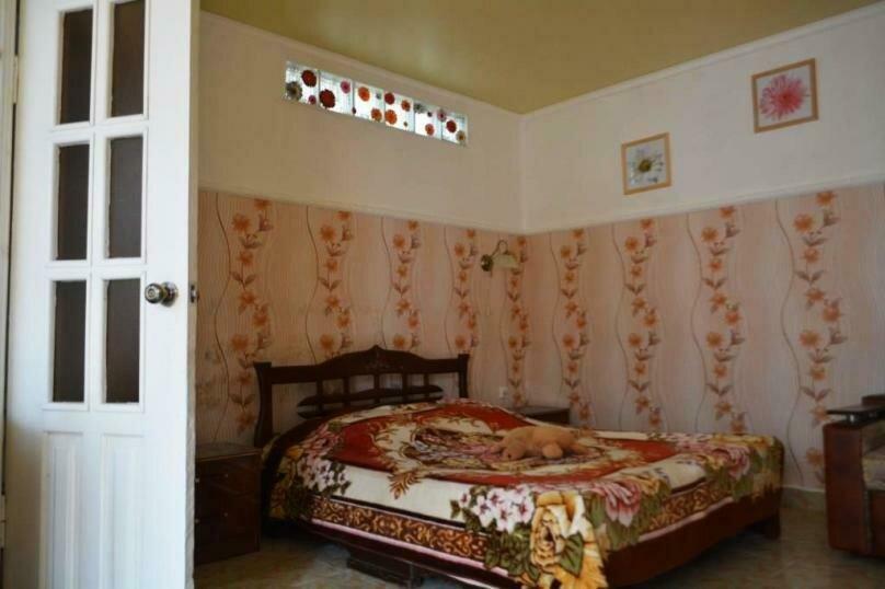 Отдельная комната, Херсонская улица, 3, Геленджик - Фотография 1