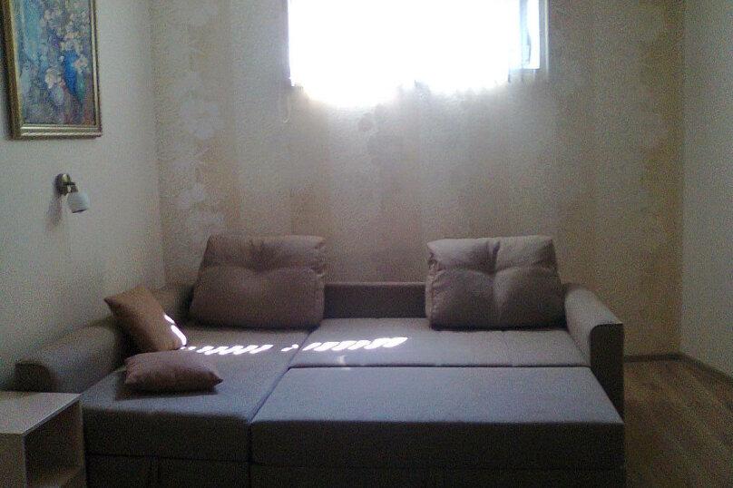 Дом, 60 кв.м. на 5 человек, 2 спальни, улица Калинина, 28, Алупка - Фотография 1