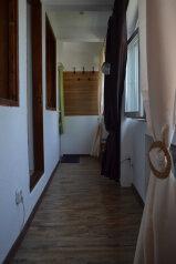 Гостевой дом, Севастопольское шоссе на 2 номера - Фотография 1