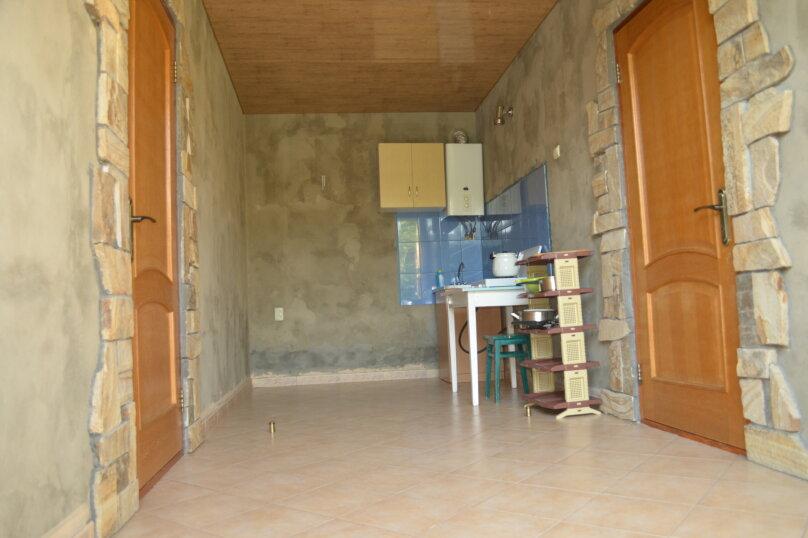 """Гостевой дом """"Уютный дворик"""", Береговая, 4 на 4 комнаты - Фотография 18"""