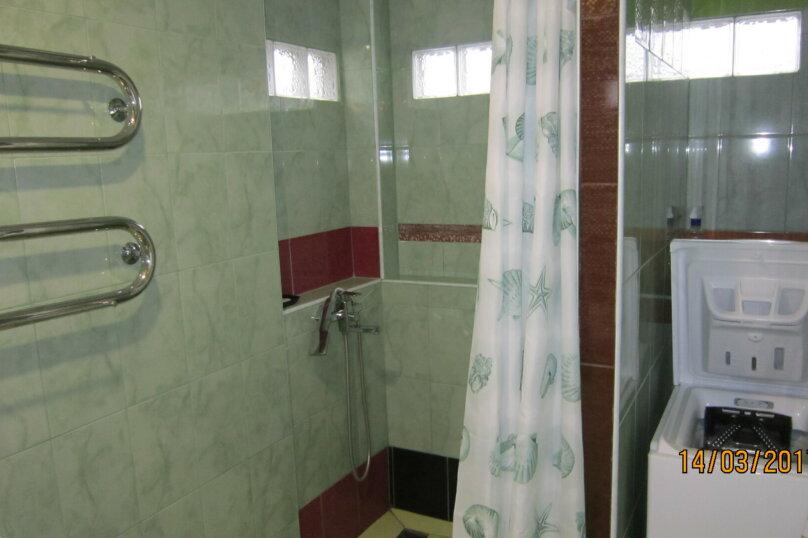 Дом, 60 кв.м. на 4 человека, 1 спальня, улица 15 Апреля, 15, Алушта - Фотография 6