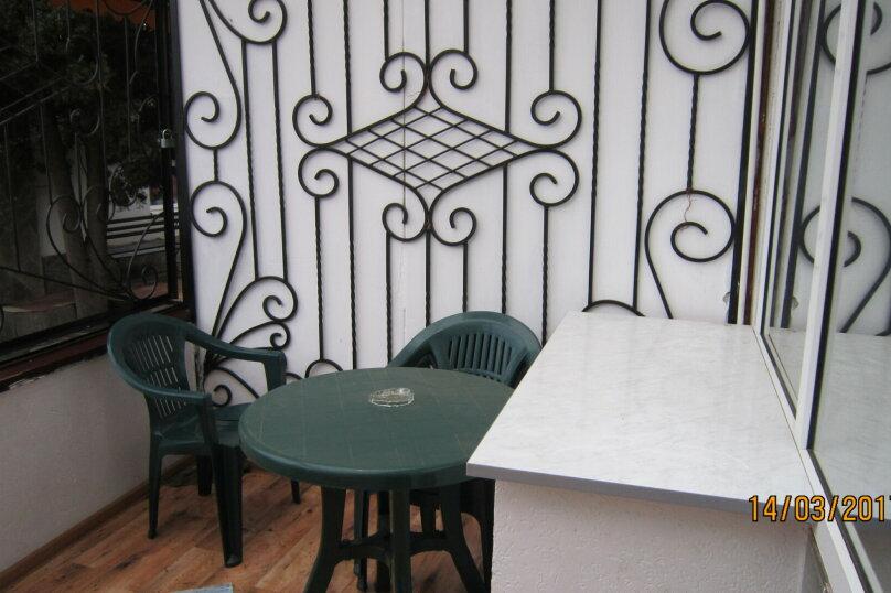 Дом, 60 кв.м. на 4 человека, 1 спальня, улица 15 Апреля, 15, Алушта - Фотография 12