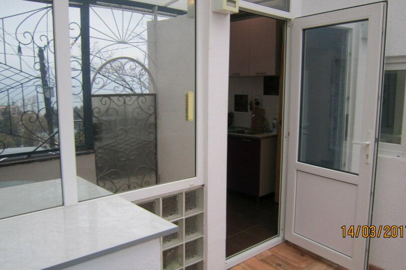 Дом, 60 кв.м. на 4 человека, 1 спальня, улица 15 Апреля, 15, Алушта - Фотография 13