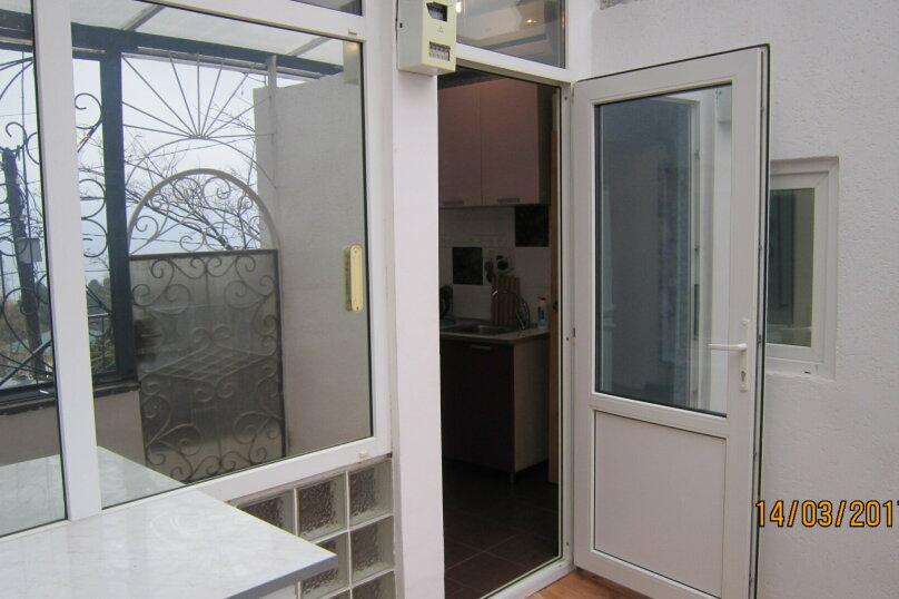 Дом, 60 кв.м. на 4 человека, 1 спальня, улица 15 Апреля, 15, Алушта - Фотография 14