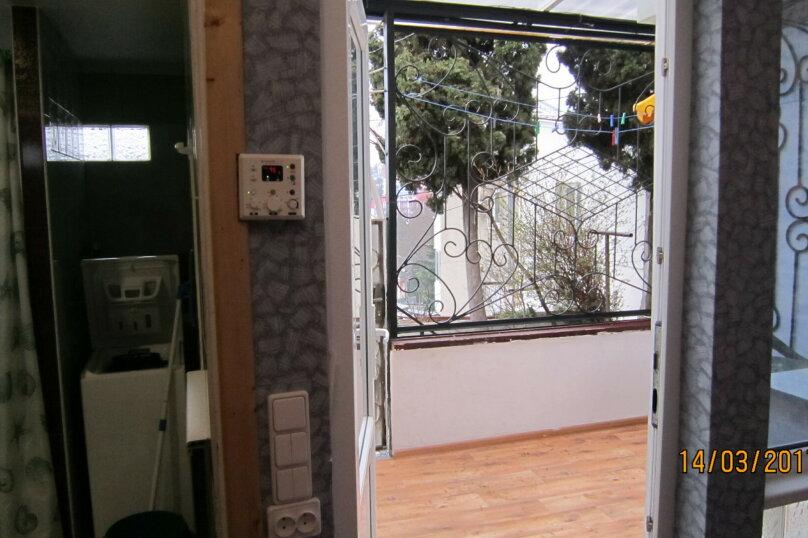 Дом, 60 кв.м. на 4 человека, 1 спальня, улица 15 Апреля, 15, Алушта - Фотография 15