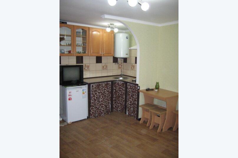 Дом, 25 кв.м. на 3 человека, 1 спальня, улица Тучина, 24, Евпатория - Фотография 1