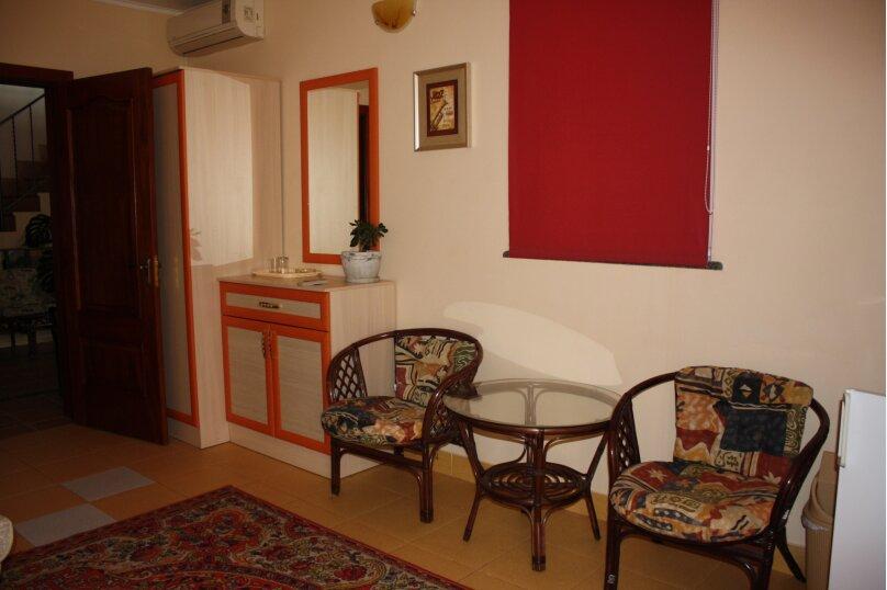 Дом в Балаклаве для большой компании и мероприятий!, 310 кв.м. на 12 человек, 6 спален, улица Куприна, 5, Севастополь - Фотография 12