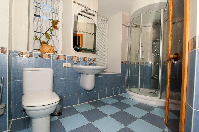 3-комн. квартира, 66 кв.м. на 7 человек, улица Чехова, 13, Ялта - Фотография 3